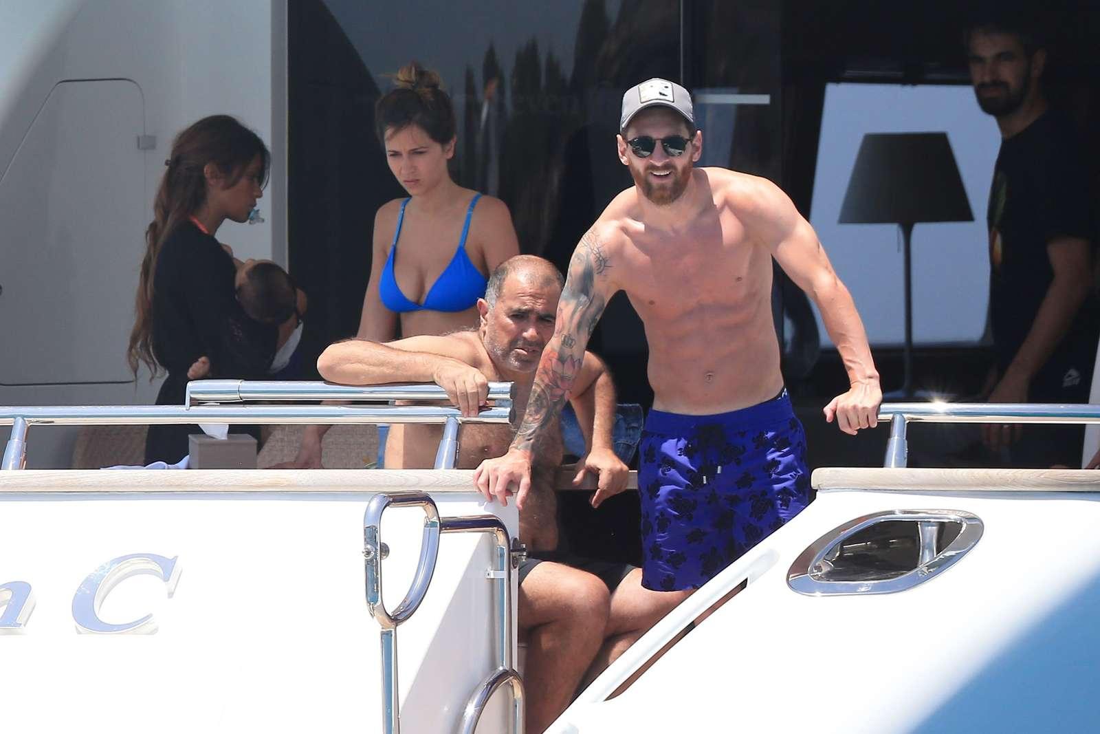 Messi in Ibiza